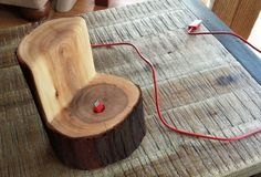 Before & After: Chopped Tree Turned Into Galaxy S4 Phone Dock