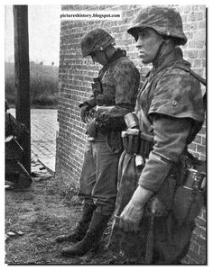 PICTURES FROM HISTORY: Rare Images Of War, History , WW2, Nazi Germany: WAFFEN SS IN ACTION: Rare, Unseen Pictures: Part 2