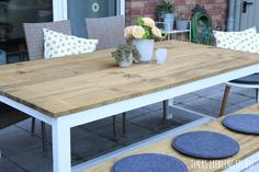 Discover recipes, home ideas, style inspiration and other ideas to try. Diy Furniture Table, Home Furniture, Porch Area, Pergola Designs, Interior Decorating, Dining Table, Backyard, Rustic, Wood