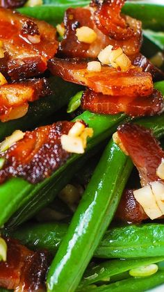 Garlic and Bacon Green Beans sauteed in olive oil and butter christmas diner recipes Veggie Side Dishes, Food Dishes, Side Dishes For Brisket, Health Side Dishes, Bacon Dishes, Dinner Dishes, Dinner Menu, Dinner Table, Dinner Ideas