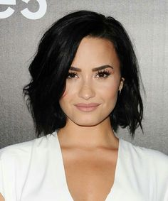 Pretty Hairstyle Beautiful Makeup Love Demi's Fab Style