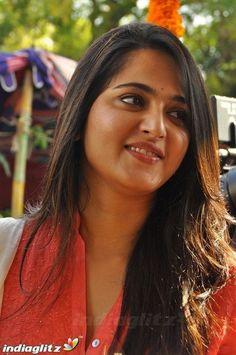 Bollywood Actress Hot Photos, Bollywood Girls, Beautiful Bollywood Actress, Most Beautiful Indian Actress, Actress Photos, Beautiful Actresses, Bollywood Heroine, Bollywood Stars, Beautiful Girl In India