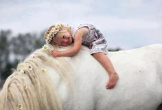 cuuuttee little girl horseback ;]