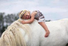 cuuuttee little girl horseback ;]
