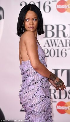 The 2016 BRIT Awards kicked off in typical style on Wednesday night, as the biggest stars of the music and showbiz worlds descended on London's O2 Arena.