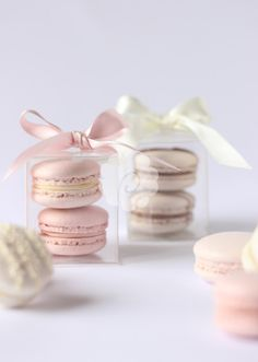 We create beautiful bespoke wedding, celebration cakes, cupcakes & chocolates supplied throughout Yorkshire including Ripon, Harrogate, York and Leeds. Macaroon Wedding Favors, Edible Wedding Favors, Wedding Cakes, Blush Bridal Showers, Bridal Shower Favors, Macarons, Wedding Gifts For Guests, Cake Gallery, Pretty Cakes