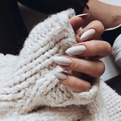 Nail art Christmas - the festive spirit on the nails. Over 70 creative ideas and tutorials - My Nails Pointy Nails, Nude Nails, Nail Manicure, Acrylic Nails, Manicure Ideas, Nail Ideas, Coffin Nails, Nail Gloss, Hair And Nails