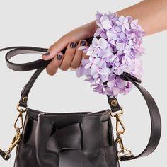 The first handbag by #JosefinasPortugal