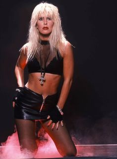 80s Glam Rock, Style Glam, Heavy Metal Girl, Alissa White, 80s Hair Bands, Lita Ford, Punk Women, 80s And 90s Fashion, Glam Metal