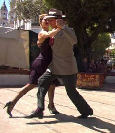 Tango in the streets of Buenos Aires