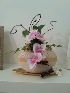 Vase, Home Decor, Flowers, Homemade Home Decor, Flower Vases, Jars, Decoration Home, Vases, Interior Decorating