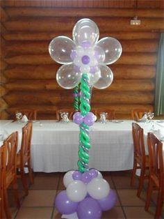 Resultado de imagen para arreglos de globos para bautizo de niño