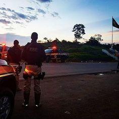 Camisas falsas da Polícia Civil do Rio são apreendidas pela