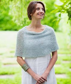 This Shoulder Cozy adds instant sophistication to any spring outfit. Knitting pattern by Churchmouse Yarns & Teas available at LoveKnitting. Knitted Capelet, Knit Shrug, Crochet Poncho, Caplet Pattern, Capelet Knitting Pattern, Crochet Capas, Love Knitting, Mohair Yarn, Dmc