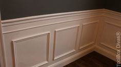 How to Install Picture Frame Moulding Wainscoting. Inexpensive DIY wainscoting idea solution to glam up any space. Determine wainscoting height and width. Picture Frame Wainscoting, Wainscoting Height, Black Wainscoting, Wainscoting Nursery, Wainscoting Kitchen, Painted Wainscoting, Dining Room Wainscoting, Wainscoting Panels, Picture Frame Molding