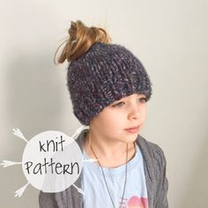 DIY KNITTING PATTERN    The Messy Bun Beanie    Ponytail Knitted Hat     Chunky Super Bulky Yarn 8bcc59be3184