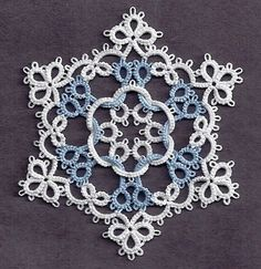 Tatting Fool: Quantiesque snowflake (with link to the pattern)