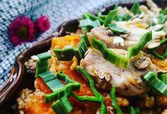 Mandulás-sütőtökös-csirkés kuszkusz Great Recipes, Healthy Recipes, Healthy Foods, Wok, Risotto, Meat, Chicken, Ethnic Recipes, Health Foods