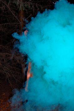 Photoshoot using coloured smoke grenades    24/02/2013    Model : Annie