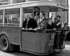 les bus à Paris http://jardindesprit.forumgratuit.org/t627-metro-et-bus