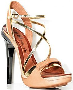Lanvin Opanca Sandals> must, must! And if arches are not high enough, must be made so