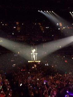 Sparks Fly - RED Tour, London 2/2/14