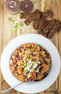 Fitness Lentil Bean Salad. 40g of protein per bowl. Ready in 7 minutes | #vegetarian #workout| hurrythefoodup.com