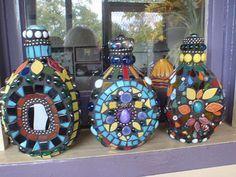 Whiskey Bottle Crafts   Bottle Crafts, Bottles Craft, Mosaic Glass, Craft Mosaic, Bottl Mosaic ...
