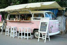 67 super ideas for combi food truck ideas wheels Kombi Food Truck, Foodtrucks Ideas, Mobile Coffee Shop, Mobile Food Trucks, Mobile Cafe, Coffee Van, Food Truck Business, Food Vans, Mini Camper