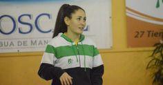 Adriana González abandona el partido amistoso tras un fuerte choque