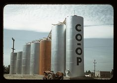 Grain elevators, Caldwell, Idaho  (LOC) by The Library of Congress, via Flickr