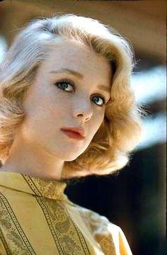 Inger Stevens Got The Look, New Look, Inger Stevens, Bright Lipstick, Meryl Streep, Classic Hollywood, Movie Stars, Blond, Actresses