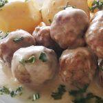 Χριστουγεννιατικα σπιτάκια από κέικ ! Greek Recipes, Potato Salad, Food And Drink, Potatoes, Vegetables, Ethnic Recipes, Strawberry Shortcake House, Food And Drinks, Potato