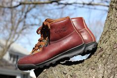 Vintage 1988 waterproof Gore-Tex and leather hiking boots - Made in Italy by Vasque - Women's 7.5 check measurements by TheThreadLocker on Etsy