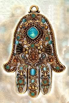Michal Golan Cat's Eye, Pacific Opal and Topaz Wall Hamsa 1More Pins Like This One At FOSTERGINGER @ PINTEREST No Pin Limitsでこのようなピンがいっぱいになるピンの限界