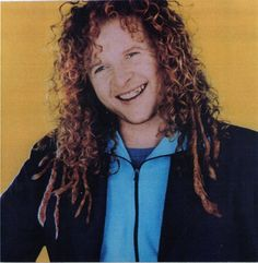 It's smiley pic day! Pictures Of You, Pretty Pictures, Mick Hucknall, Simply Red, How To Feel Beautiful, Redheads, Blue Eyes, Dreadlocks, Actors