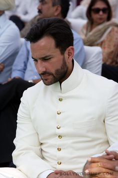 Saif Ali Khan turns Nawab - Take a look at some photographs of the star actor's crowning ceremony at his ancestral homeAfter the mourning period for Mansoor Ali Khan Pata Sherwani Groom, Mens Sherwani, Wedding Sherwani, Casual Groom Attire, Casual Grooms, Groom Outfit, Groom Dress, Indian Men Fashion, New Mens Fashion