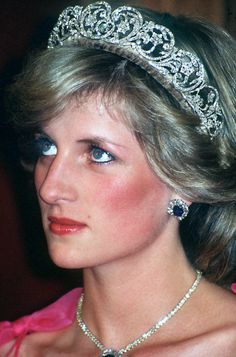 Princess Diana wearing the Spencer tiara