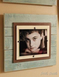 DIY picture frame idea