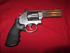 "Smith & Wesson 686 4""  barrel 357 magnum"