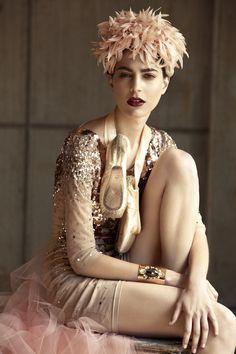 artfulfashion:  Elle Mexico 2013; photographer Santiago Ruisenor; model Lorena Okhuysen