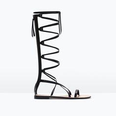 Chaussures pour femme   Soldes en ligne. Sandales Été · Sandales Plates · Cuir  Noir ... e002f4bce3db