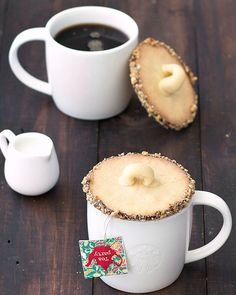Shortbread mug lid cookies - we always have a tea party with our cookie swap--we should do this! Holiday Cookie Recipes, Holiday Cookies, Melting Chocolate, Hot Chocolate, Chocolate Cookies, Sugar Cookies, Cookies Et Biscuits, Almond Cookies, Christmas Baking