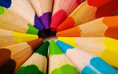tip of pencil crayon Colors Of The World, All The Colors, Bright Colors, Happy Colors, True Colors, Image Crayon, Macro Fotografie, Coloured Pencils, Foto Art