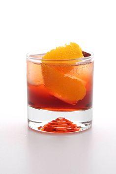 Negroni Sbagliato |  4 ounces dry Prosecco or sparkling white wine 1 ounce sweet vermouth 1/2 ounce Campari Club soda