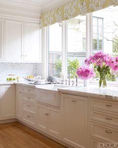 La Dolce Vita: Pretty Presidio Heights Home by Palmer Weiss  soft folds of valance...