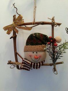 Decoratiuni craciun Diy, Wreaths, Christmas Ornaments, Holiday Decor, Board, Ideas, Home Decor, Decoration Home, Bricolage
