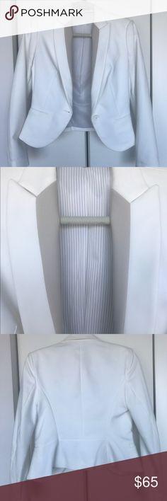 Barely worn: Stylish and sleek white blazer! Women's size 4 Express Jackets & Coats Blazers