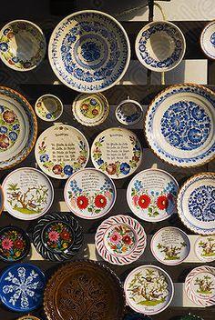 Hungarian decorative plates