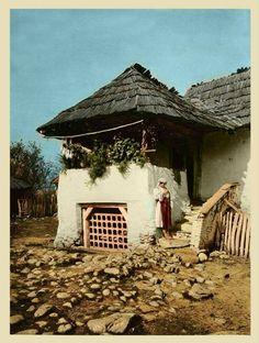 Romanian old house Cultural Architecture, Vernacular Architecture, Chinese Architecture, Turism Romania, Foto Art, Stone Houses, Fairy Houses, Beach Trip, Beach Travel